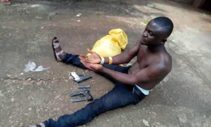 Criminals At Large! Man Caught Delivering Pistols To Gun Runner In Calabar 2