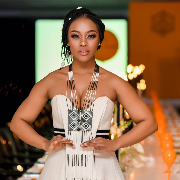 Big Congratulations! KOKO's 2017 'Woman of the Year' The Nubian Princess, Nomzamo Mbata Graduates With Honours From University of Cape Town Today!!! 1