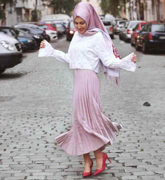 Muslimah Style: Kubra Serves Fashion Goals In A Unique Way 4
