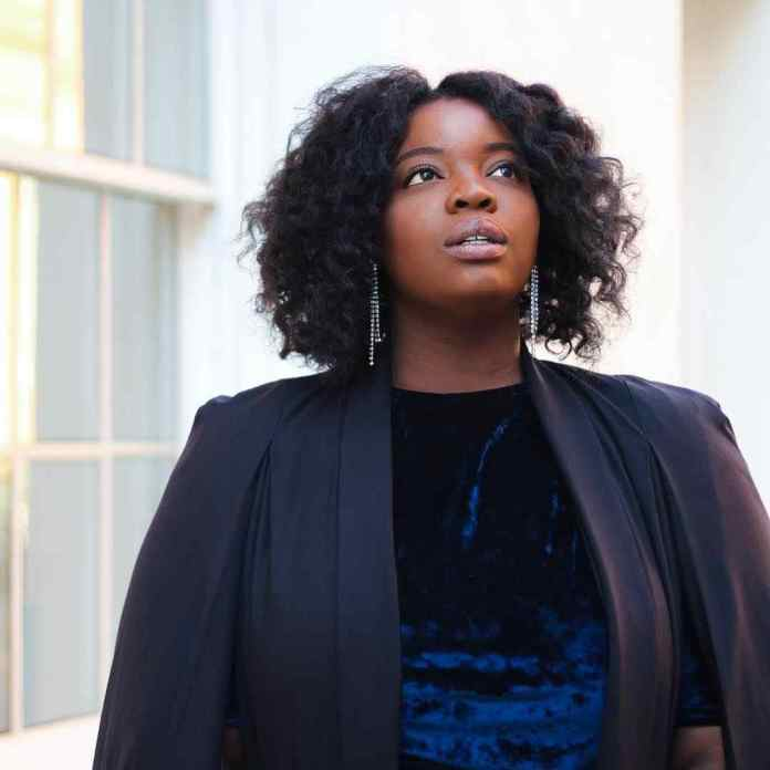 KOKOnista Of The Day: Valerie Eguavon Fabulously Leads The Curvy Life 1
