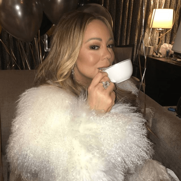 She's Back! Mariah Carey Redeems Herself With Amazing Performance After Last Year's Rockin' Eve Debacle 5