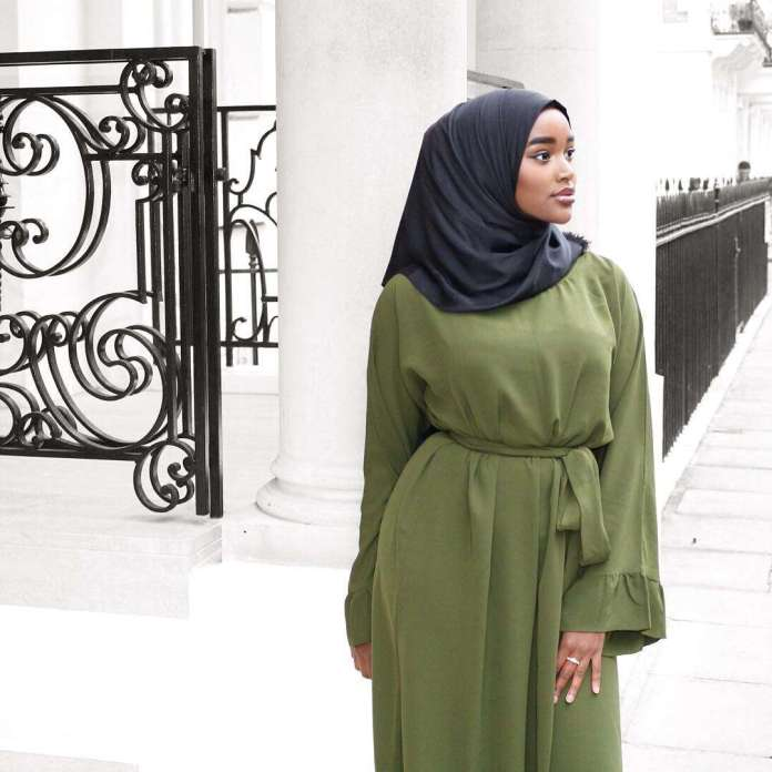 Muslimah Style: Meet Hani Hanss, The Hijabi Who Has Got All The Flawless Looks 2