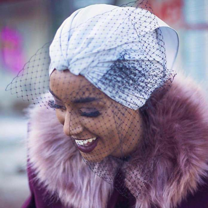 Muslimah Style: Eman Idil Bare Maintains A Clean And Fancy Hijab Style 1