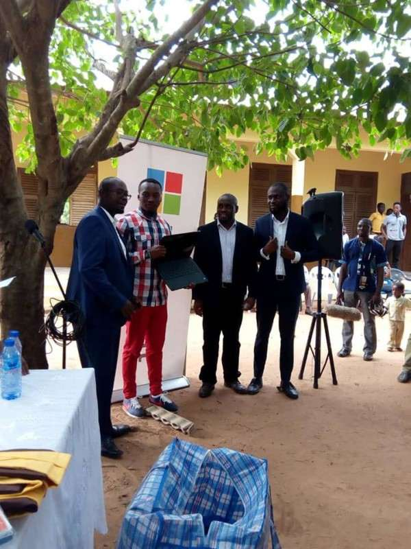 Microsoft Gives Out Free Laptops To Ghanaian School Where Teacher Drew Microsoft Word On Chalkboard 4