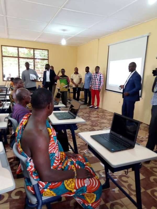 Microsoft Gives Out Free Laptops To Ghanaian School Where Teacher Drew Microsoft Word On Chalkboard 3