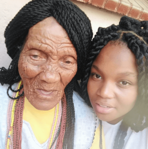 See The Photo Of A 118-Year Old Great-Grandma And Her Great-Grandchild That Has Gone Viral 1