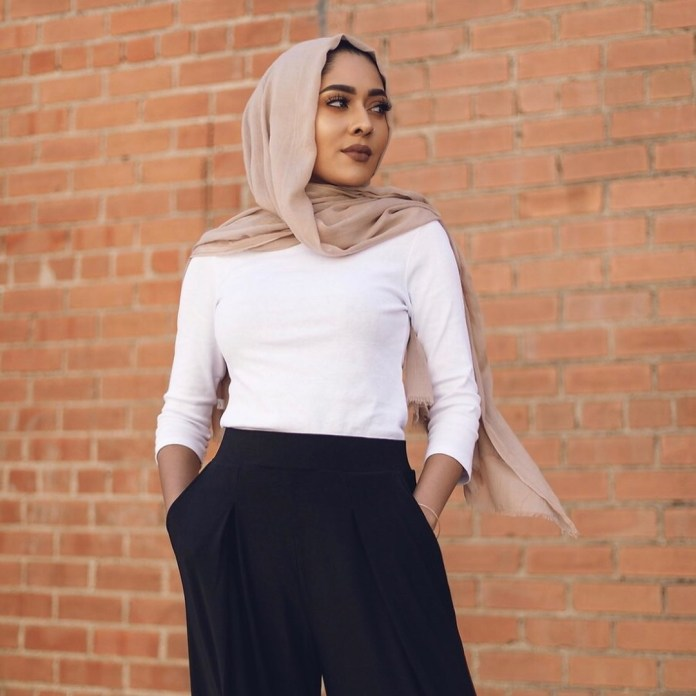 Muslimah Style: Misha Effortlessly Slays In Her Modest Attires 3