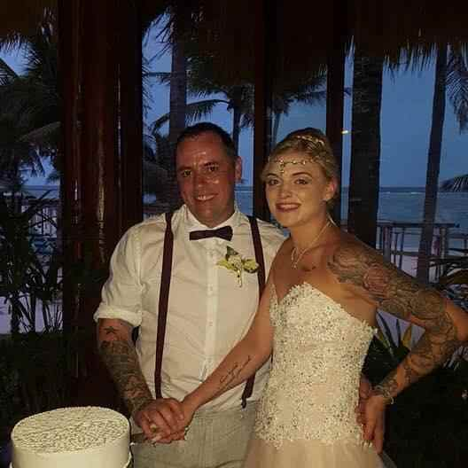 """Man, 40, Heartbroken As Wife, 21, Runs Off With Another Man Who's """"Better In Bed"""" Six Days After Lavish £30k Wedding 5"""