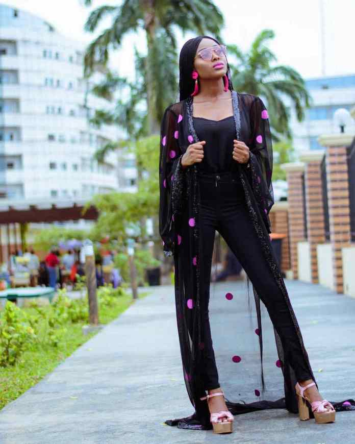KOKOnista Of The Day: Bukola Is A Medical Doctor With An Impressive Fashion Recipe 4