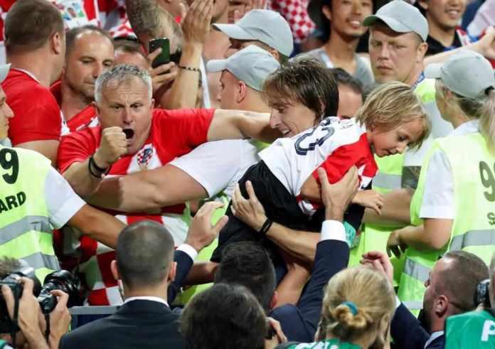 Russia 2 Croatia 2 (3-4 Pens): Croatia Beat Hosts On Penalties...To Face England In Semi-final 8