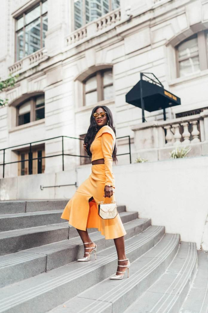 KOKOnista Of The Day: Jenn Ibe Melts Hearts In Trendy Chic Outfits 3