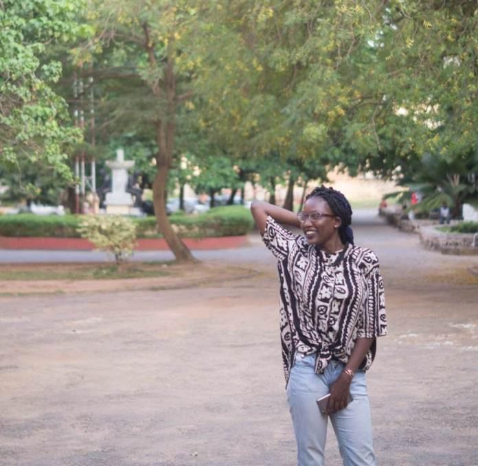 KOKOnista Of The Day: Ajibike Dammy Offers Simple But Stylish Gorgeous Looks 2