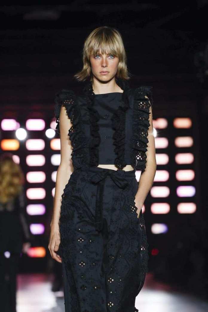 Alberta Ferretti Ready To Wear Spring/Summer 2019 At The Milan Fashion Week 16