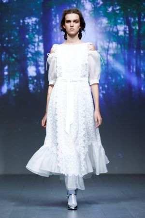 Bora Aksu Spring Summer 2019 Collection At The LFW 9