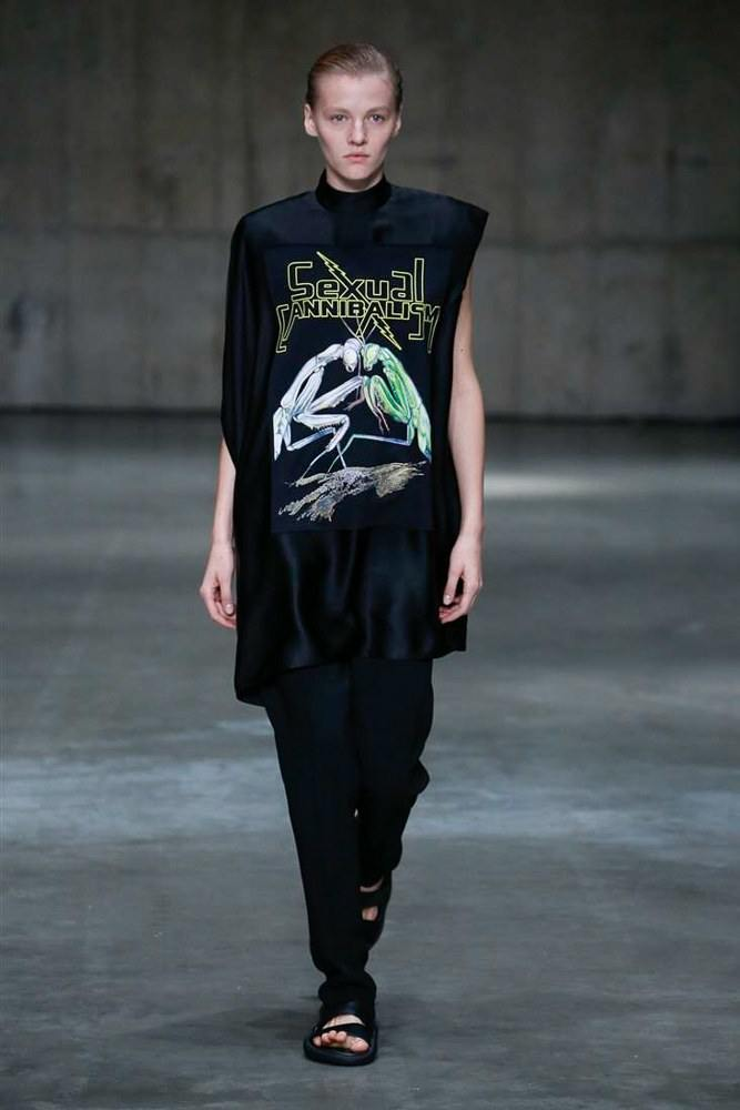 LFW: Christopher Kane Ready To Wear Spring 2019 Collection 11