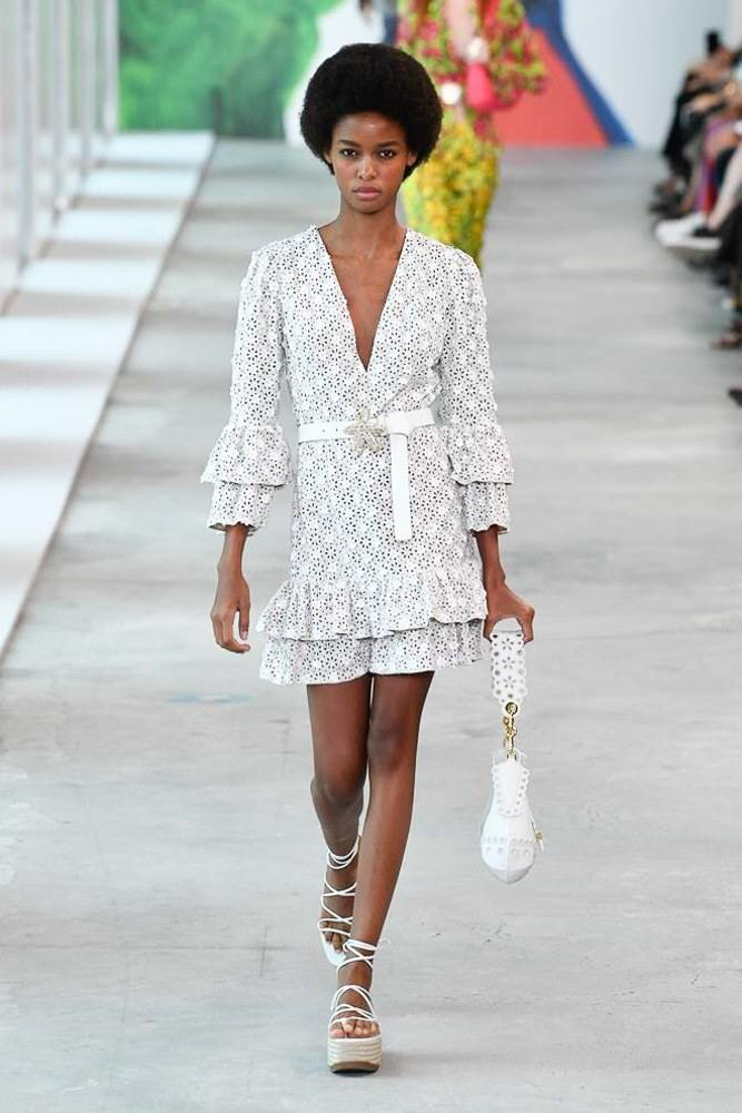 Michael Kors Redefines Spring At The NYFW S/S 2019 Show 27