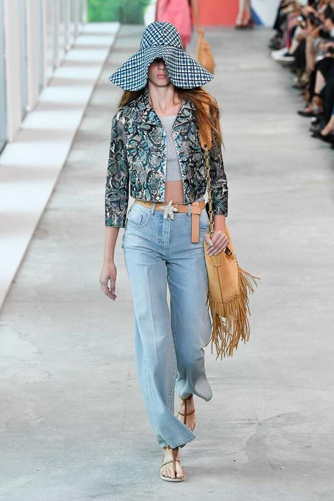 Michael Kors Redefines Spring At The NYFW S/S 2019 Show 14