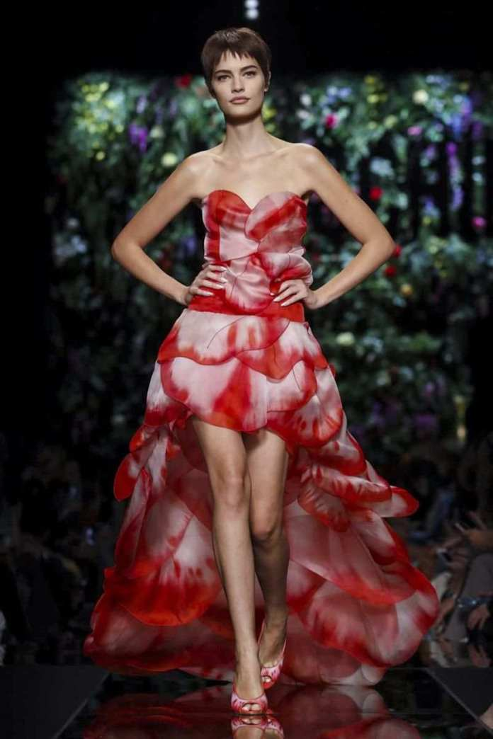 Moschino Ready To Wear Spring/Summer 2018 At The Milan Fashion Week 9