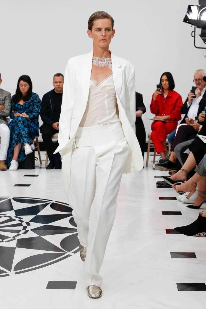 The 21st Century Woman! Victoria Beckham Spring 2019 Collection At London Fashion Week 1