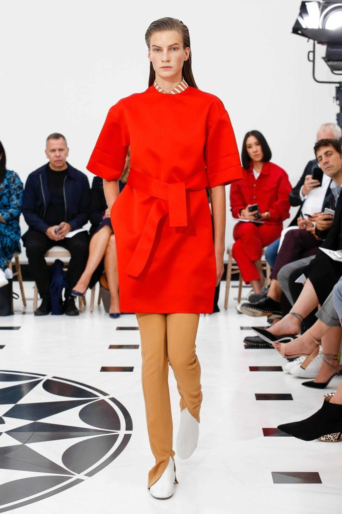 The 21st Century Woman! Victoria Beckham Spring 2019 Collection At London Fashion Week 2