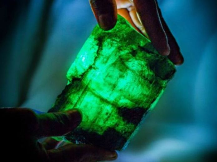 Inkalamu! Incredible 5655-carat Emerald With Golden Green Hue Discovered In Zambian Mine 3