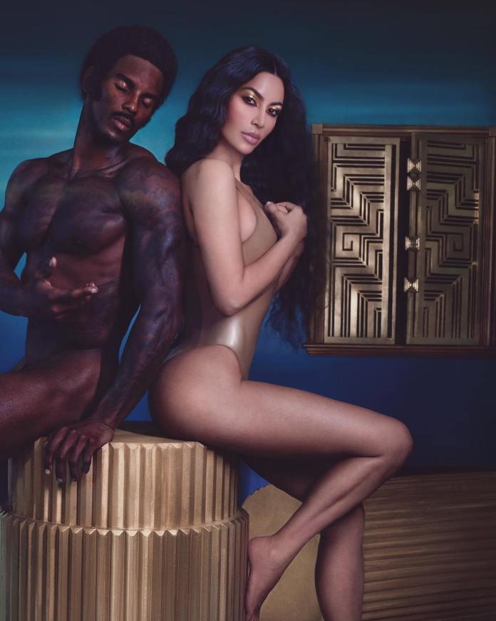 Fans Blast Kim Kardashian For Photoshopping Her Butt To A Smaller Size 2