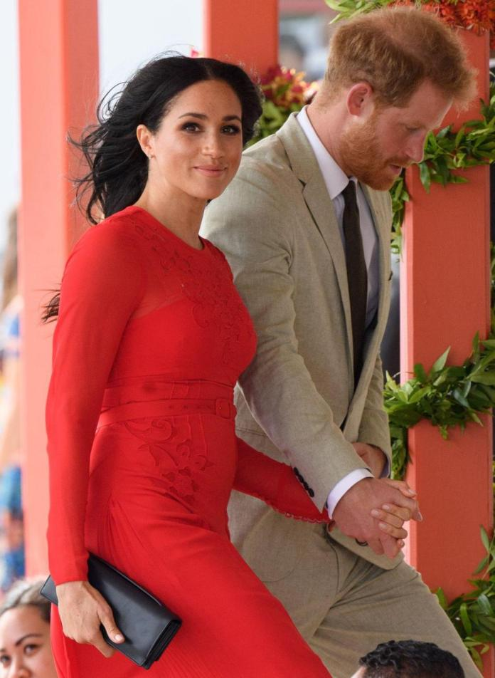 Ouch! Meghan Markle Suffers Embarrassing Fashion Faux On Royal Tour 4