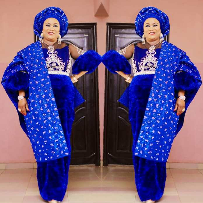 Aso Ebi Style: Sola Sobowale Looks Like A Royalty In This Stunning Blue Piece 3