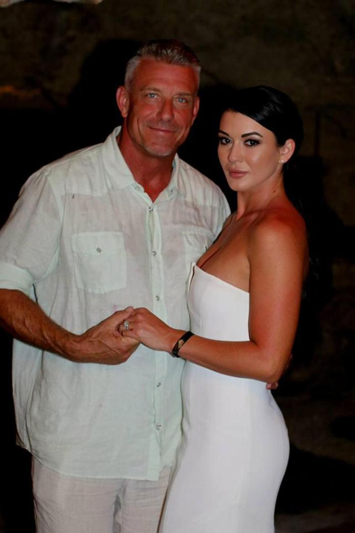 Woman Marries Her Best Friend's Father, Who's Twice Her Age 3