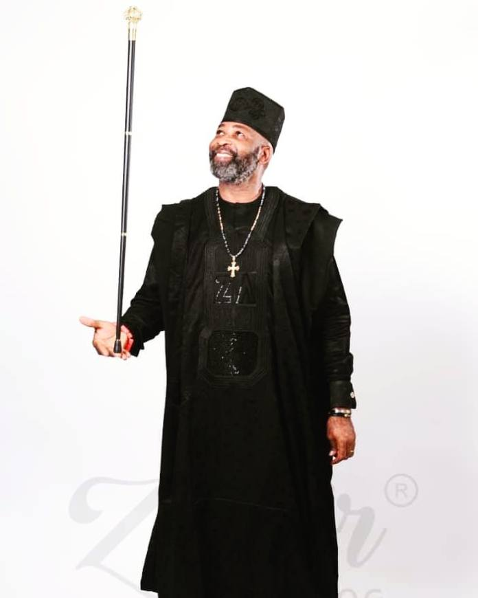 King And Prince! Yemi Solade Shares Adorable Photos With His Son 2