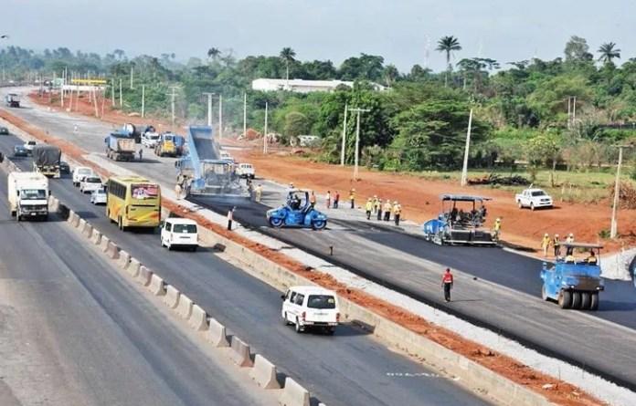 FEC Awards Contract For The Repair Of Lagos-Badagary Express Way 2