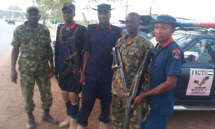 NSCDC Operatives Arrests Fake Soldier 2