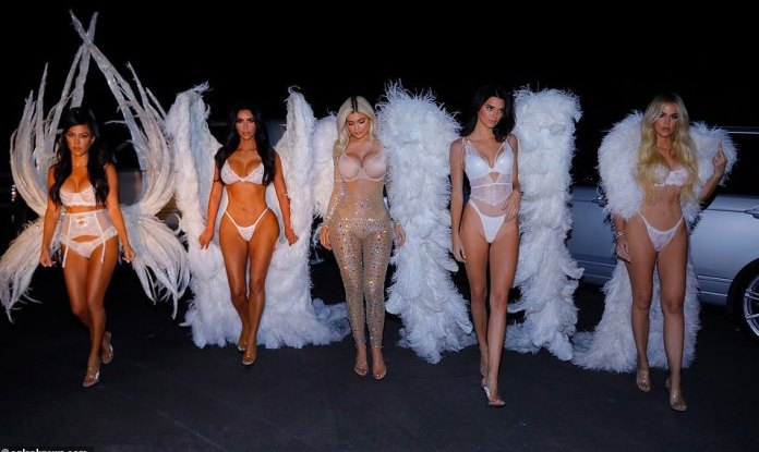 Kardashians/Jenner Sister Show Off Their Incredible Figures In Barely There Halloween Costumes 4