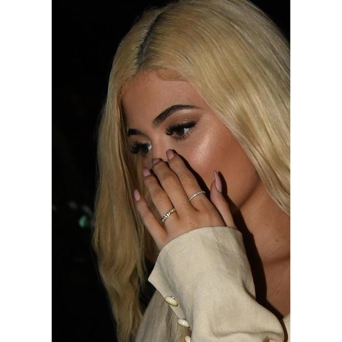 Kylie Jenner Sparks Engagement Rumours With This Stunning Piece 1