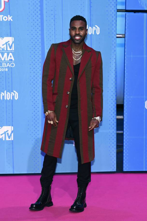 2018 MTV EMAs: The Best Dressed Celebrities On The Red Carpet 13