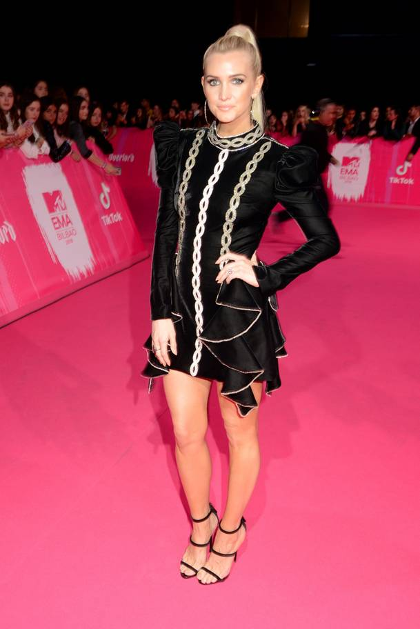 2018 MTV EMAs: The Best Dressed Celebrities On The Red Carpet 19