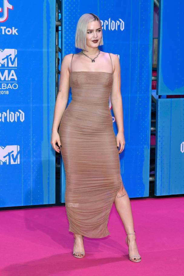 2018 MTV EMAs: The Best Dressed Celebrities On The Red Carpet 20