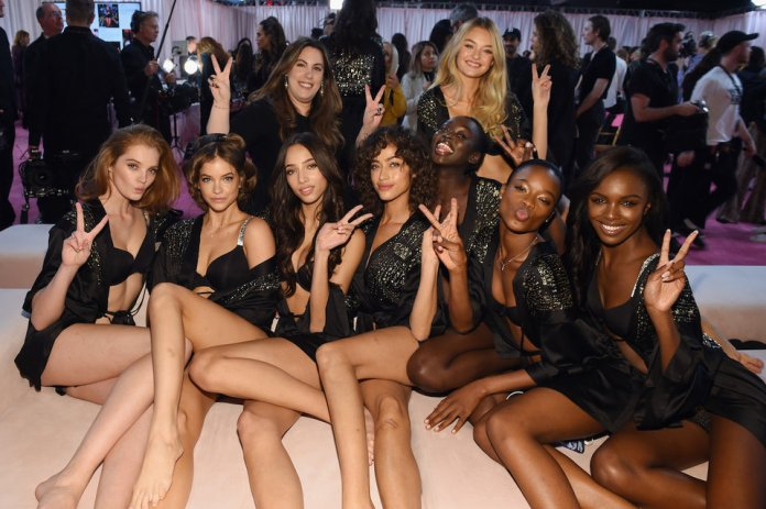 The Insider: Stunning Backstage Scenes From The Victoria's Secret Fashion Show 2