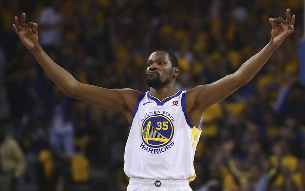 Golden State Warriors End Road Trip With A Bang Victory Over Milwaukee Bucks 4
