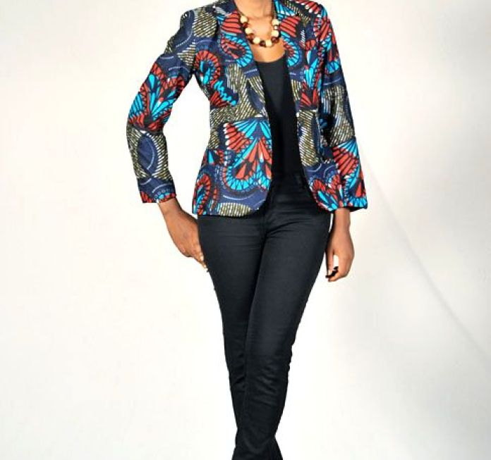 Ankara Style: Step Out In Style With These Trending Ankara Top-on-Jeans Designs For Your Outings 7