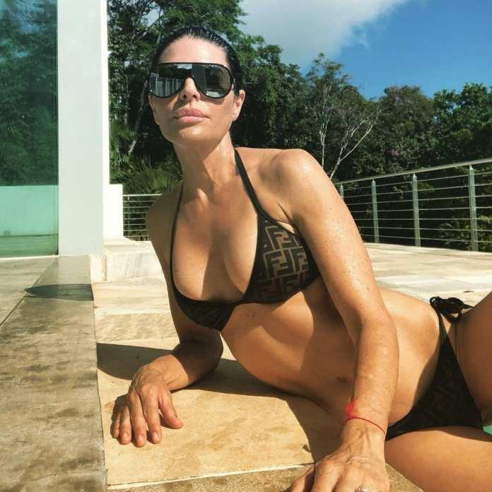 Eminem's Daughter Hailie Scott Flaunts Banging Bikini Body (Photos) 2