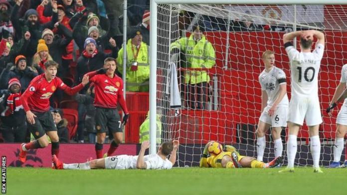 Manchester United 2 Burnley 2: Lindelof Rescues A Point For Solskjaer As Winning Run En 3
