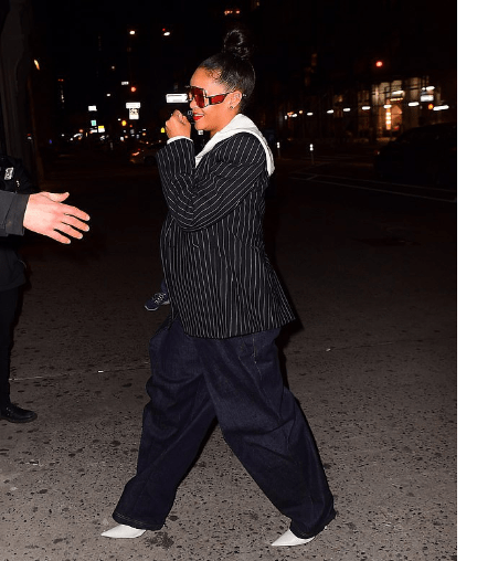 Ladies Can You Rock This Pinstripe Blazer And Oversize Jean Trouser Rihanna Was Spotted In? 4