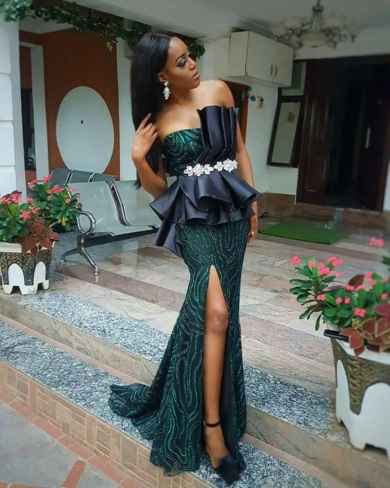 Aso-Ebi style: Channel Your Inner Stunning As You Rock These 5 Aso-ebi Styles 5