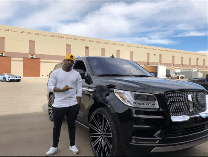 Boss Moves! Ray J Acquires 018 Mercedes-Benz Maybach And 2019 Lincoln Navigator To Celebrate His 38th Birthday 1