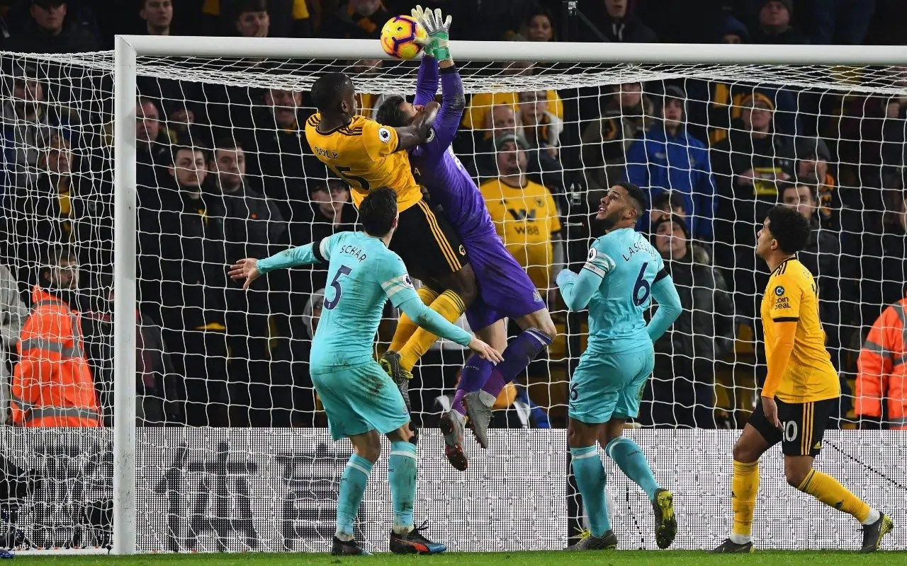 Wolves 1 Newcastle 1: Newcastle Goalkeeper Dubravka's Howler Denies Newcastle Victory At Molineux 2