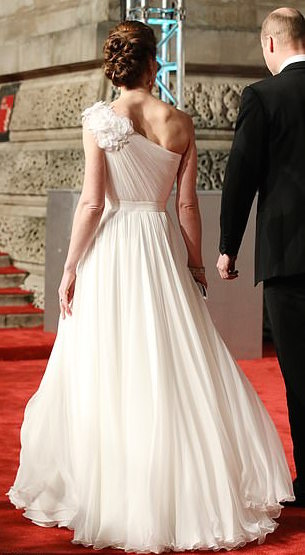Style Staking: Kate Middleton Stuns In Alexander McQueen Gown For Bafta Awards 4