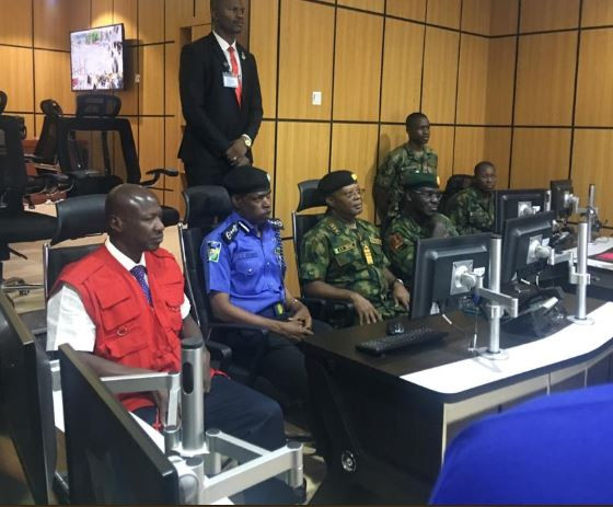 2019 Elections: Chief Of Naval Staff, Police IG, EFCC Chairman Visit Nigerian Army's Situation Room 1