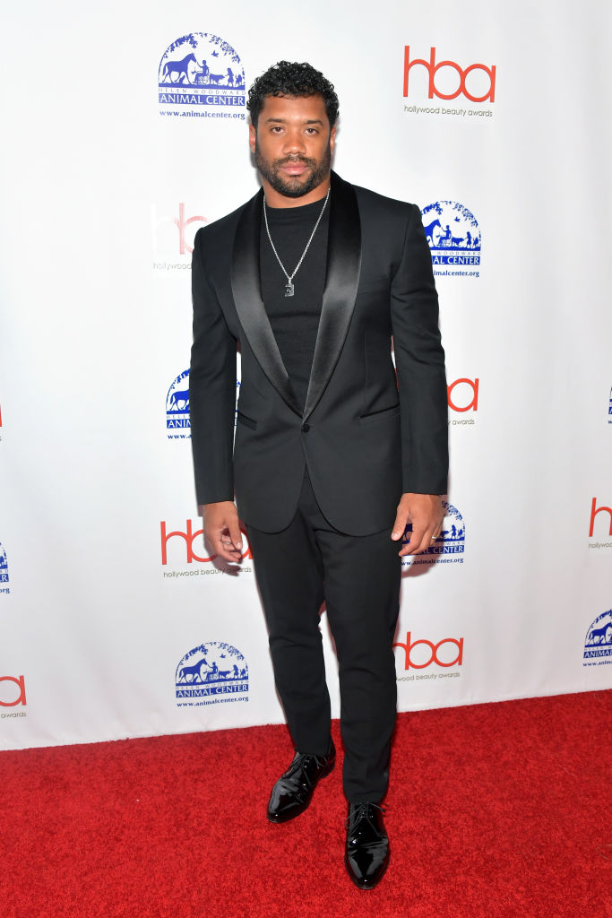Ciara And Russel Wilson Step Out In Style For Hollywood Beauty Awards 4