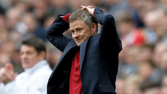 Sir Alex Ferguson's Four Words To Ole Gunnar Solskjaer After Cardiff Defeat 3